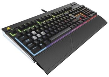 Corsair Strafe RGB mechanische Gaming Tastatur